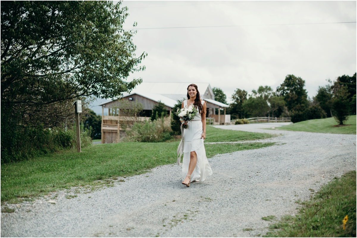 OverlookBarnWedding_0008
