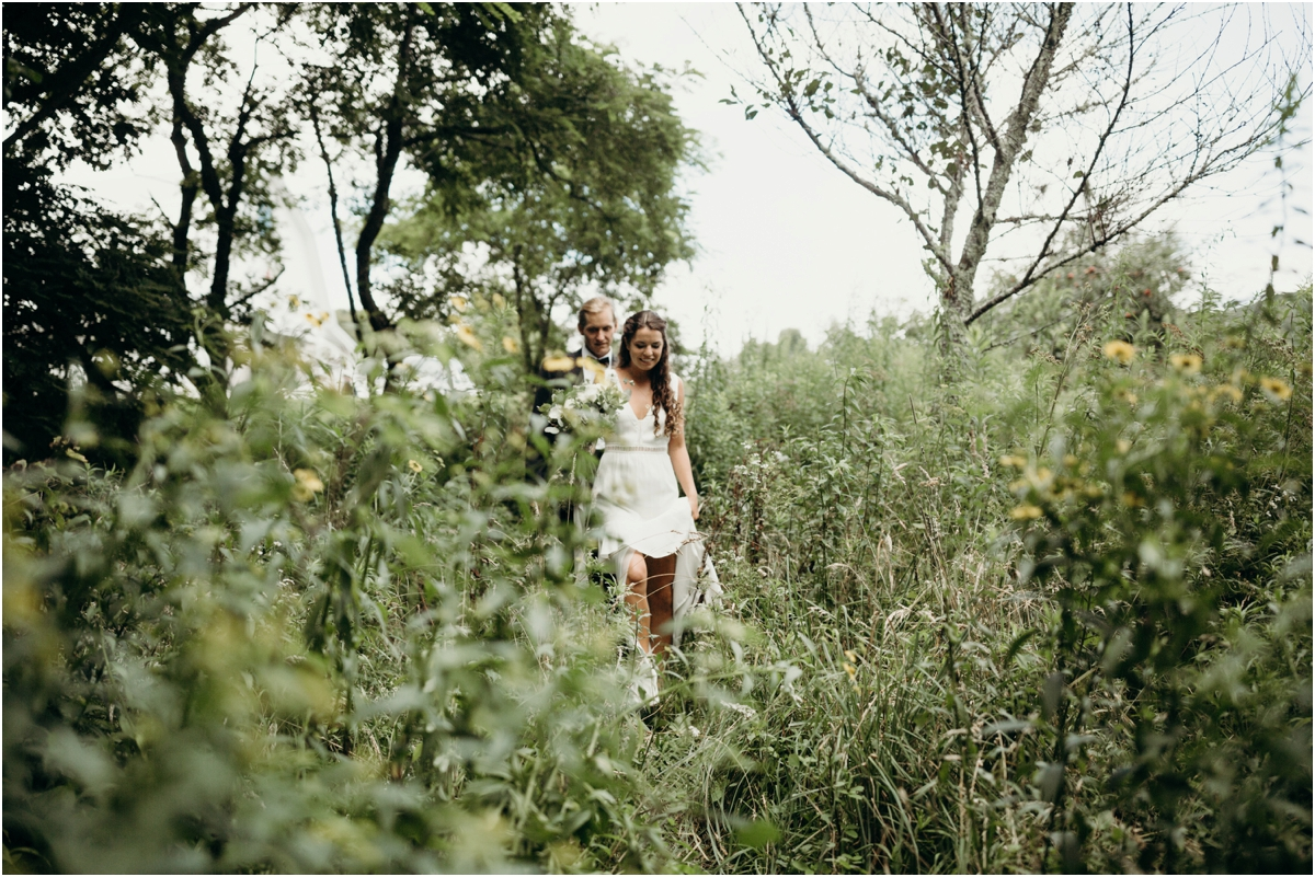 OverlookBarnWedding_0011