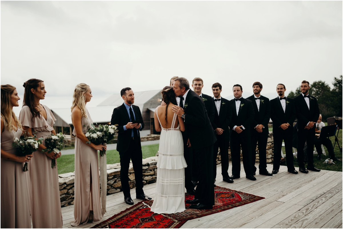 OverlookBarnWedding_0032