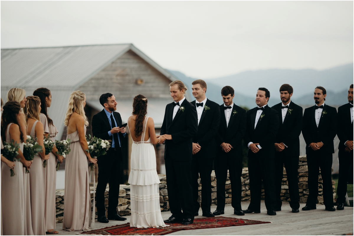 OverlookBarnWedding_0036